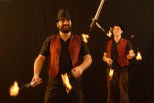 יהודה ועמי במופע אש